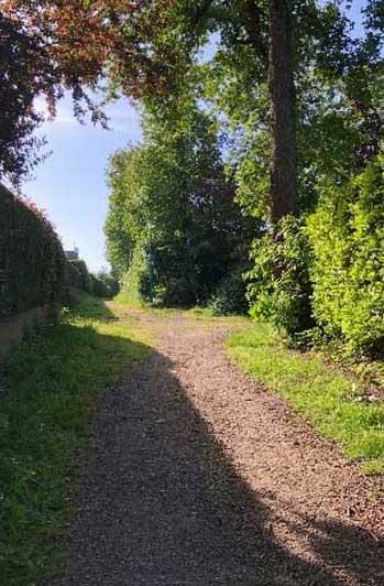 Un sentier à La Chapelle-des-Fougeretz